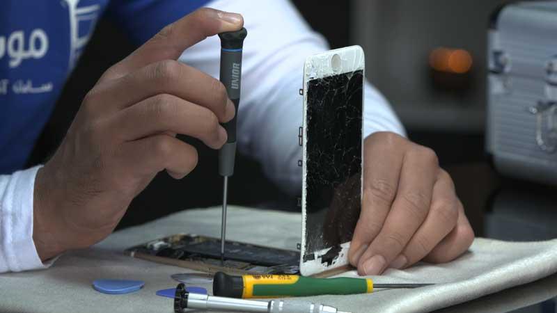 مقدمهای در رابطه با یادگیری تعمیرات موبایل و دریافت گواهینامه